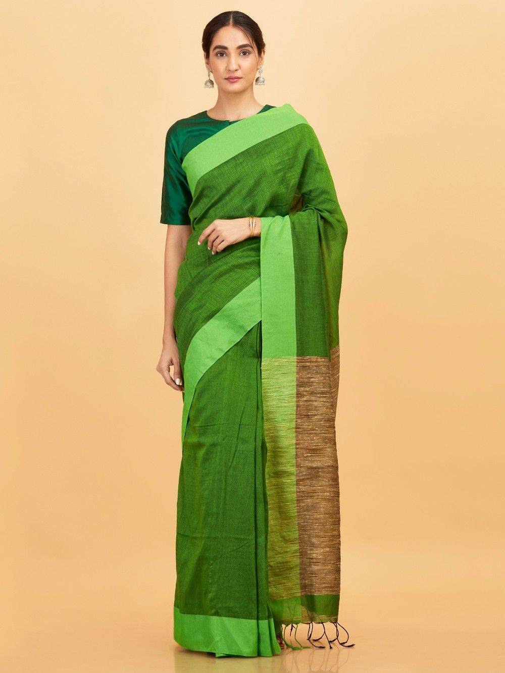 397d4ed5598bb Buy Green Cotton Saree online at Theloom