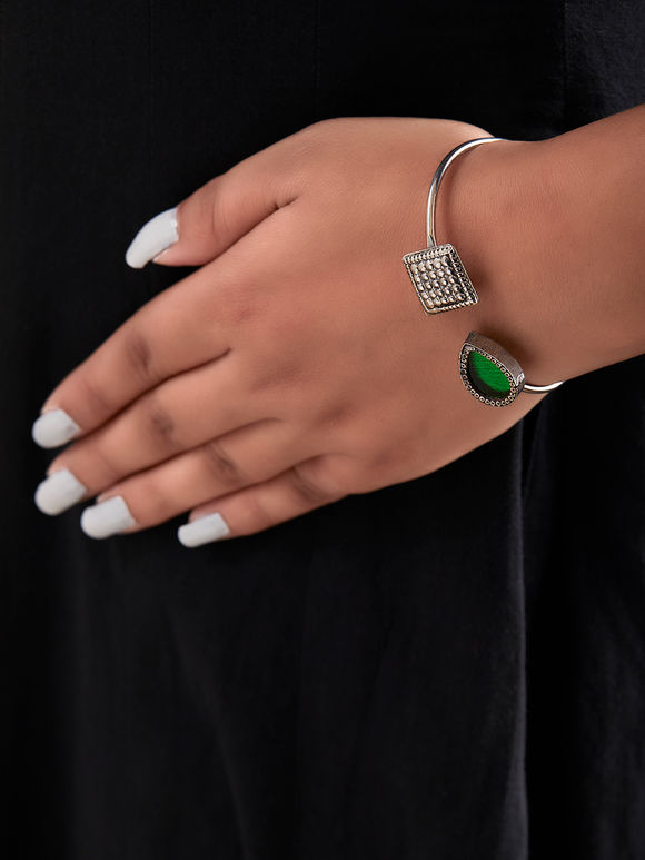 Green Handcrafted Drop Square Cuff Silver Bracelet
