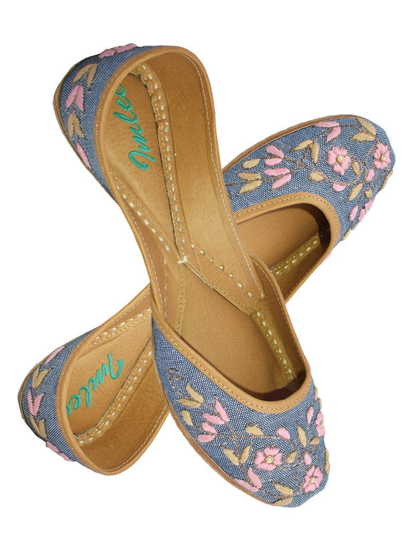 Blue Pink Embroidered Leather Mojari