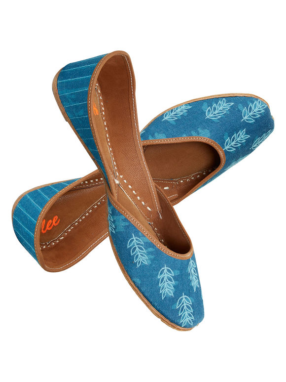 Blue Embroidered Leather Mojari
