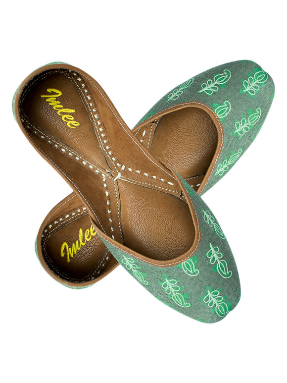 Green Embroidered Leather Mojari