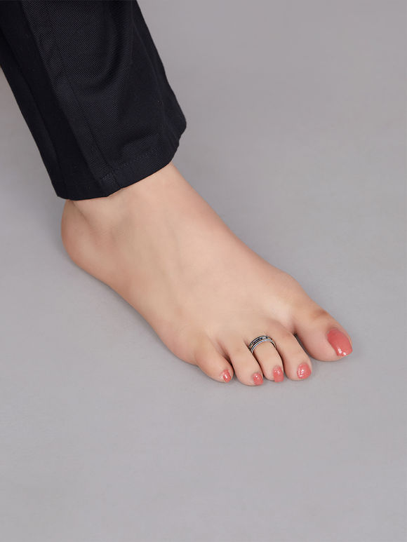 Silver Toned Handcrafted Metal Toe Rings - Set of 4