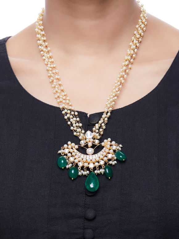 Green Gold Plated Kundan Pendant Necklace