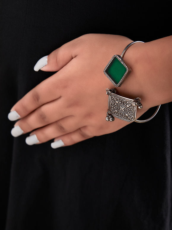Green Handcrafted Rhombus Square Cuff Silver Bracelet