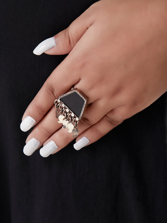 Black Handcrafted Trapezoid Silver Ring
