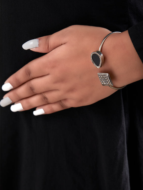Black Handcrafted Drop Square Cuff Silver Bracelet