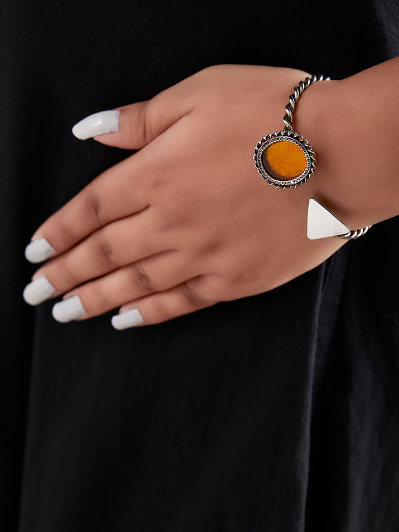 Yellow Handcrafted Oval Triangle Cuff Silver Bracelet