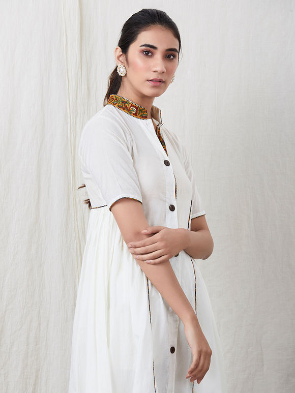 Off White Cotton Mulmul Kurta