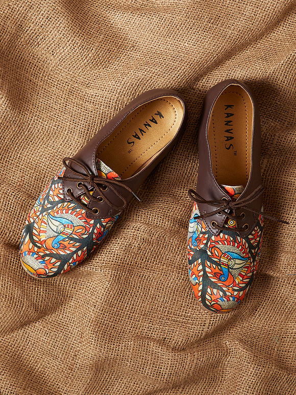 Multicolor Handcrafted Leather Madhubani Silk Shoes