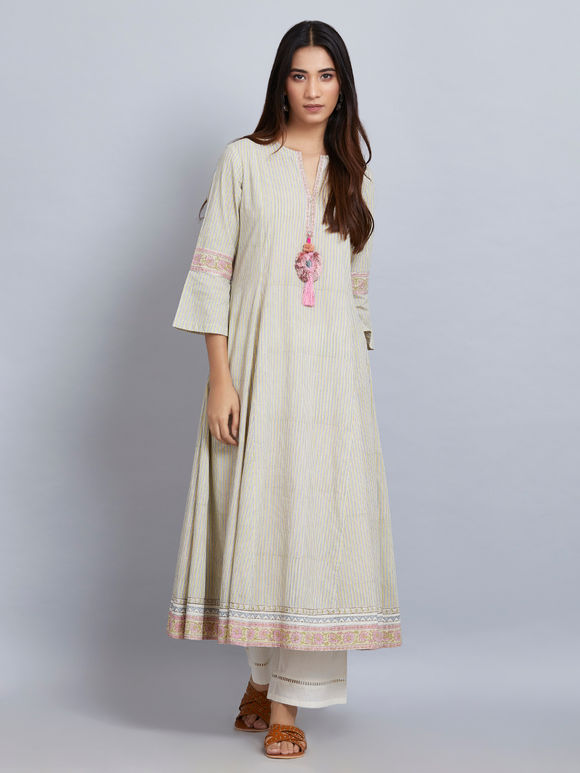 Pale Green Printed Cotton Embroidered  Kurta