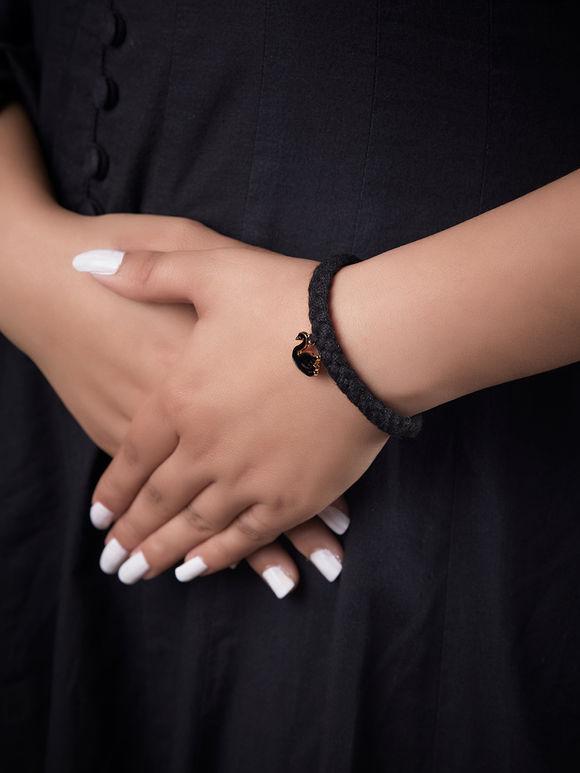 Black Handcrafted Swan Metal Bracelet