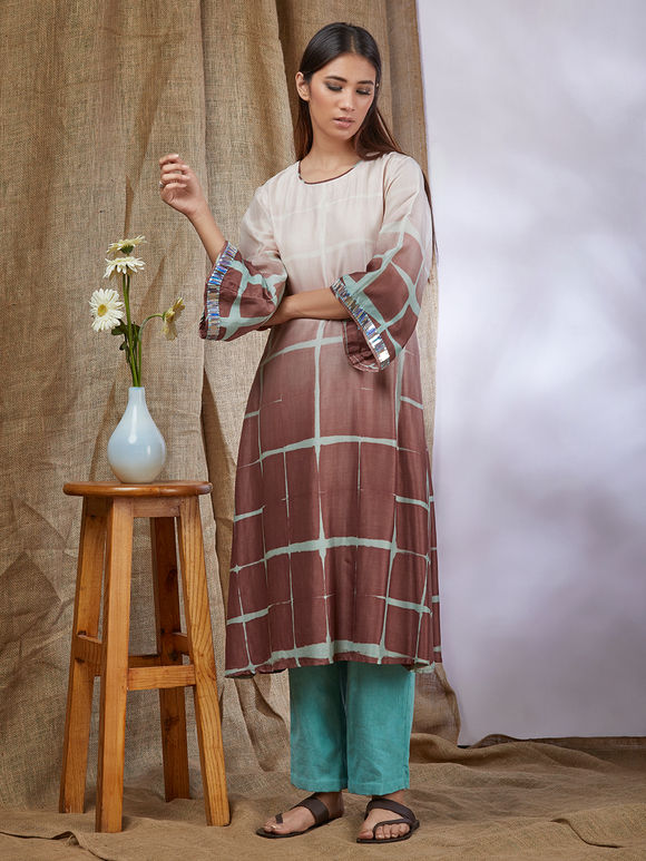 White Brown Clamp Dye Cotton Silk Kurta with Turquoise Pants with Organza Dupatta- Set of 3