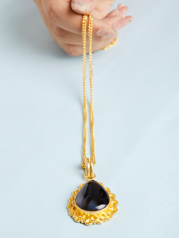 Gold Toned Black Natural Stone Metal Pendant Necklace