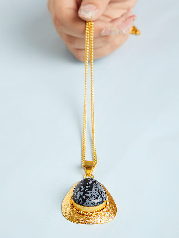 Gold Toned Blue Natural Stone Metal Pendant Necklace