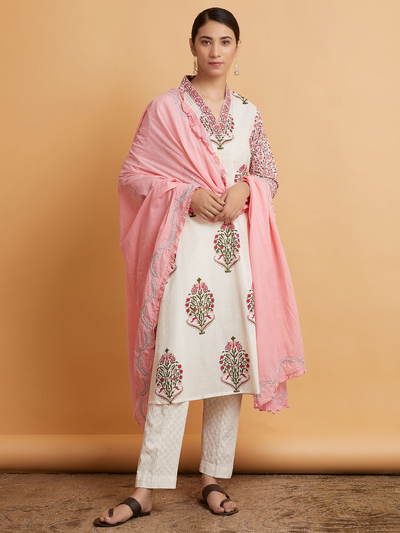 Pink Hand Embroidered Mulmul Dupatta