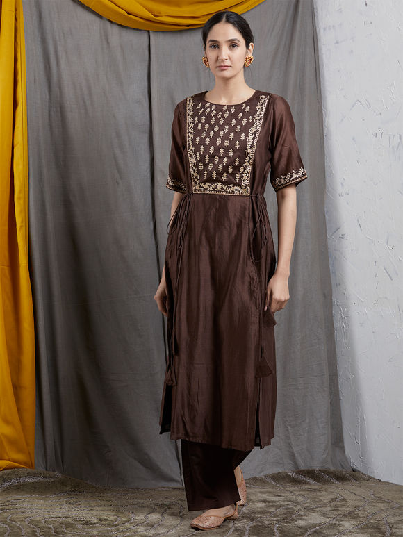 Brown Embroidered Chanderi Silk Kurta with Cotton Silk Pants and Chiffon Dupatta- Set of 3