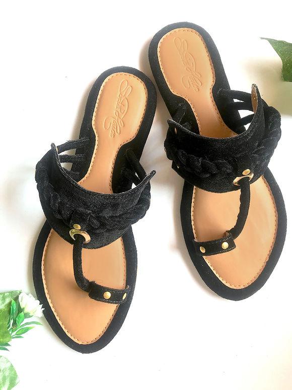 Black Velvet  Kolhapuris