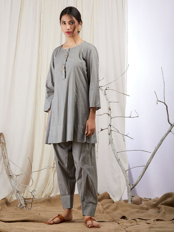 Grey Cotton Short Kurta with Pants and Bandhani Dupatta - Set of 3