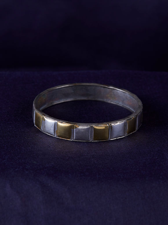 Dual Toned Handcrafted Brass Bangle