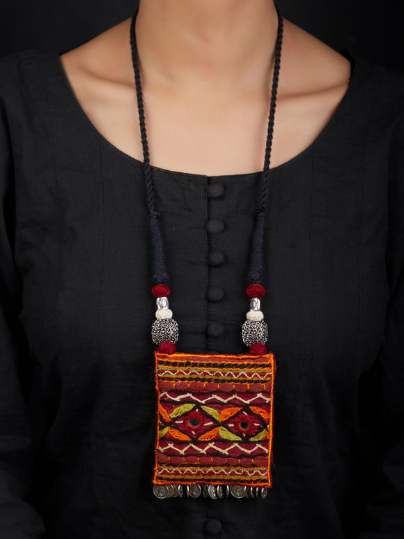 Multicolor Gamthi Embroidered Metal Fabric Necklace