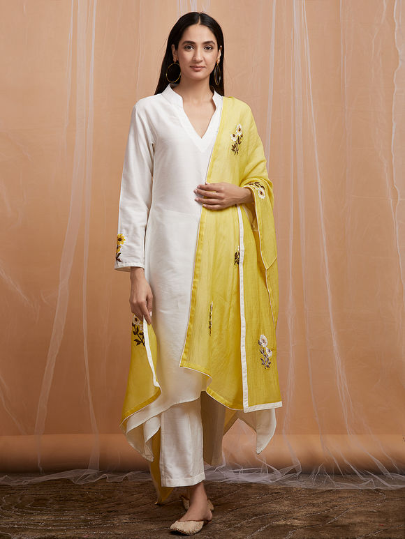 Yellow Embroidered Chanderi Dupatta